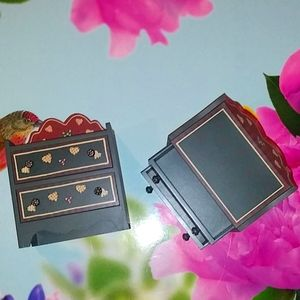 2 Brand new Woden Doll Clothes\Jewelry dressers